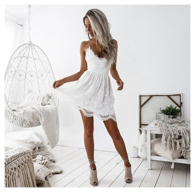 Deep V-neck Backless Lace Short Dress - LEPITON