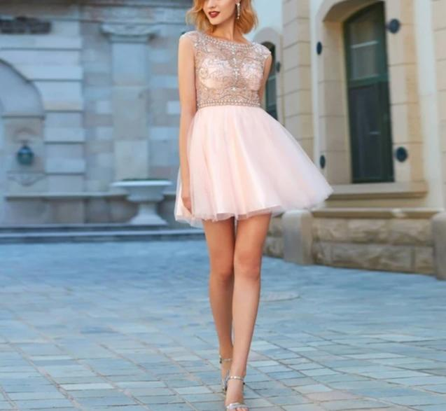 Scoop Neck Sleeveless Short Tulle Cocktail Dress - LEPITON