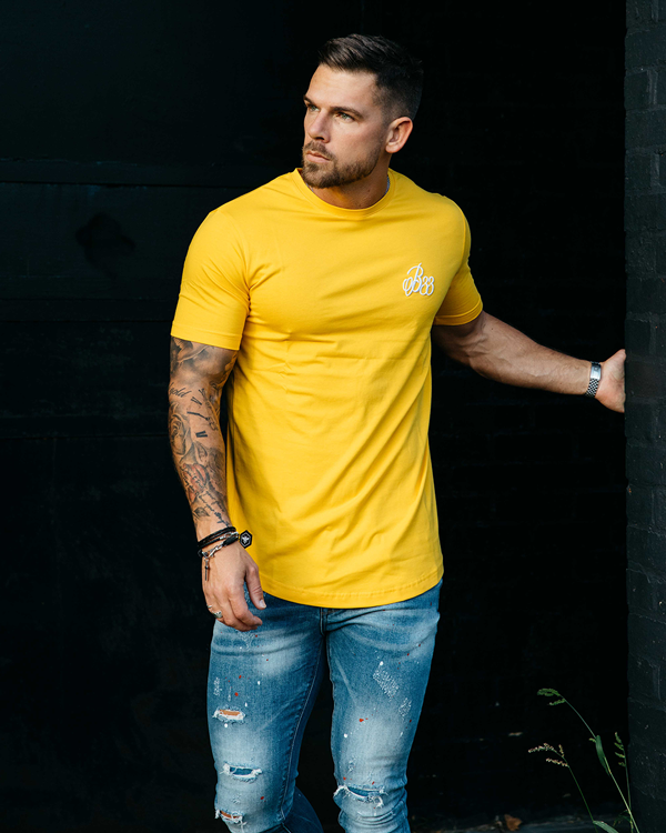 colour splash jeans with yellow tee