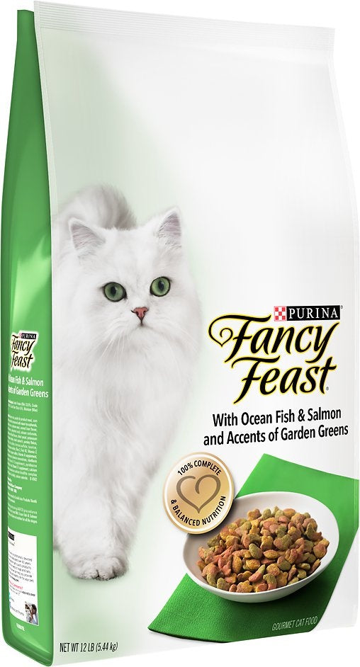 Fancy Feast Gourmet Filet Oceanfish Salmon and Accents of Garden Greens Dry Cat Food