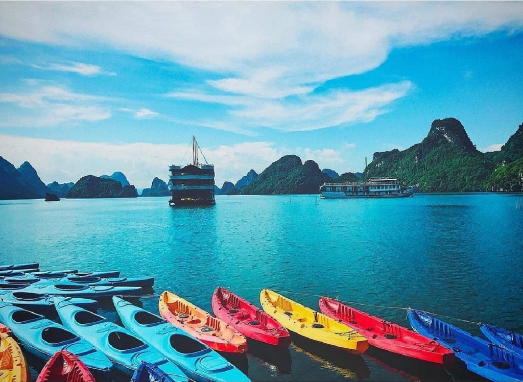 Useful Guide: Everything you should know about Kayaking Halong Bay