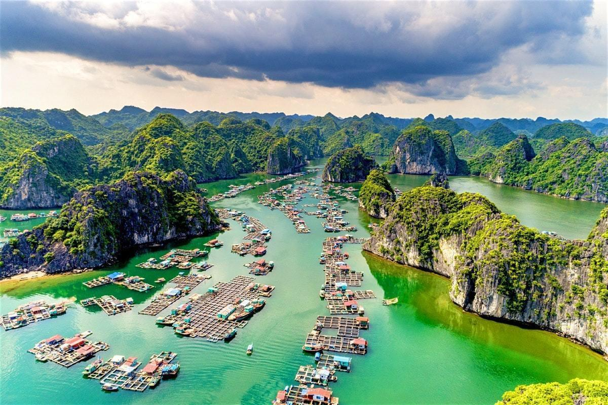 Let's discover Halong Bay weather for your wonderful trip