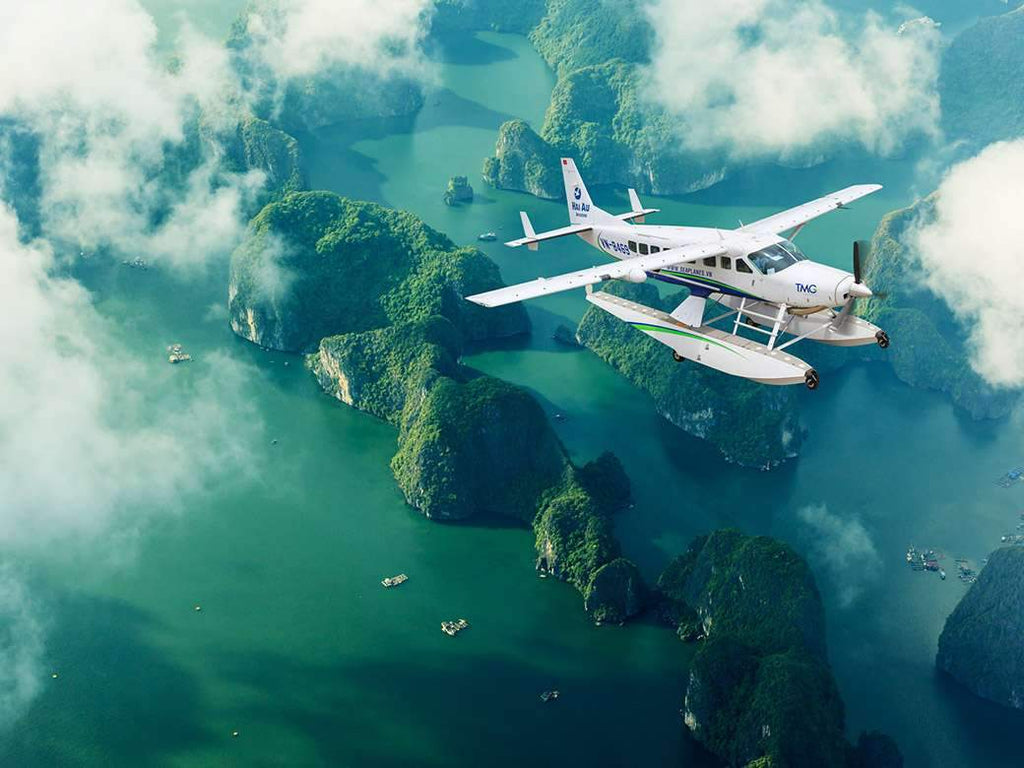 Seaplane Hanoi to Halong Bay - Scenic flight worth your money
