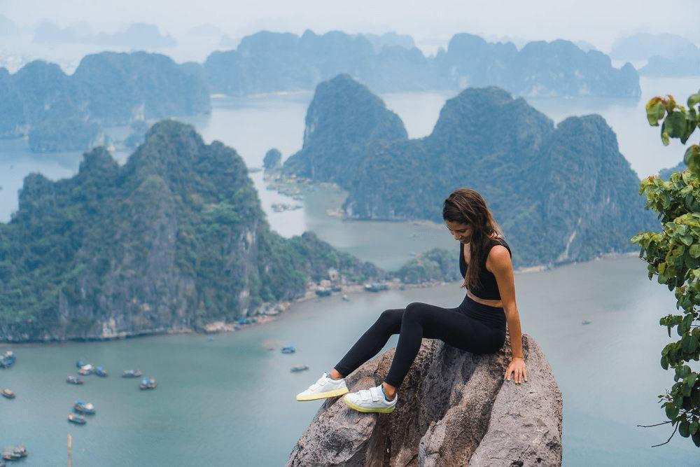 Top 8 awesome photoshoot locations in Ha Long