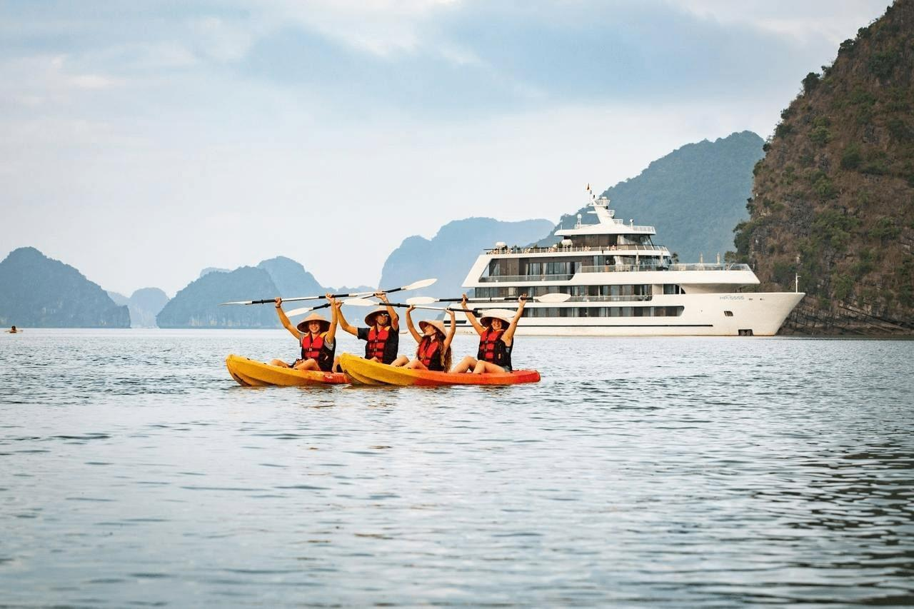 What is the best 5 star Cruise for the destinations in Halong Bay