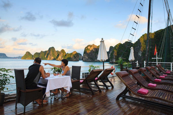 2 days 1 night Halong Bay Cruise