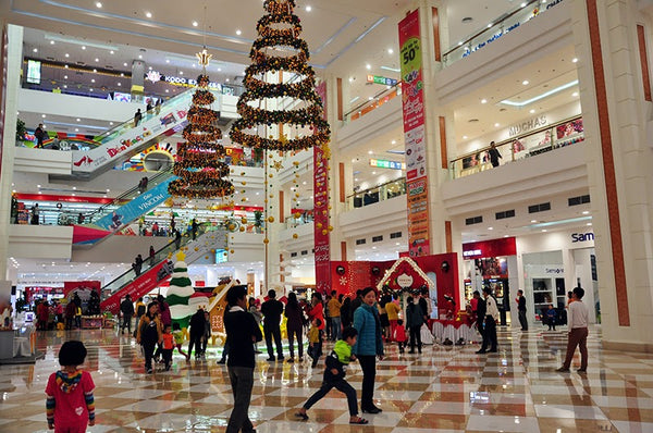 celebrate Christmas and New Year in Halong Bay