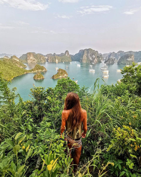 Beautiful Islands in Halong Bay You Should Visit 2021