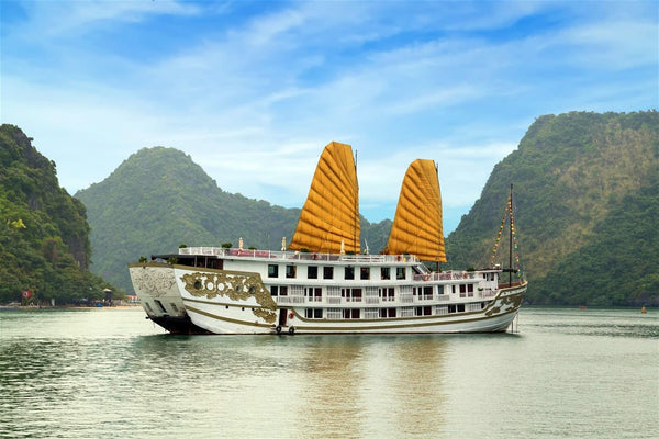 which Halong Bay tour is best