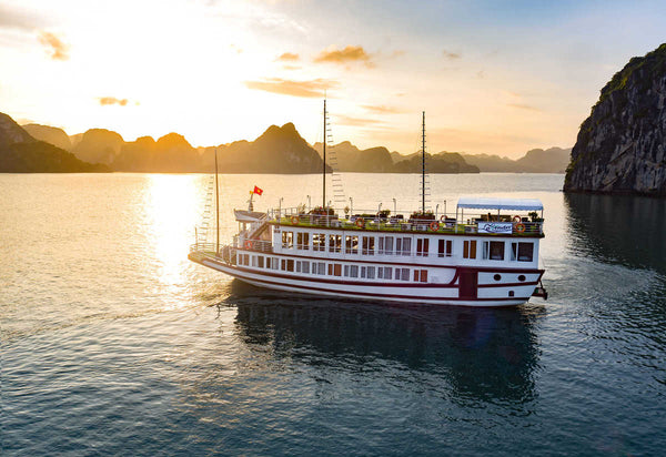 2 days 1 night tour on Lavender Elegance Cruise