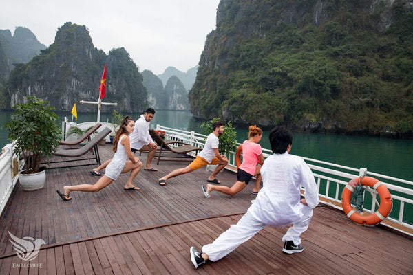 Halong Bay tour 2 days 1 night