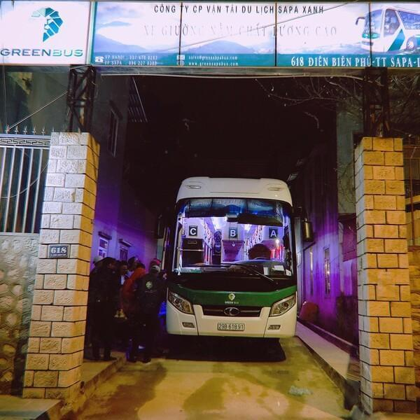 Hanoi - Sapa rountrip sleeper bus