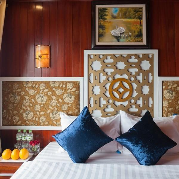 [Lowest Price] Rosa Boutique Cruise - Deluxe Ocean View Room- 3D2N - HalongDayTour