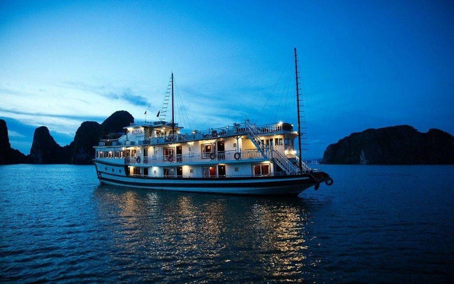 [Lowest Price] Rosa Boutique Cruise - Deluxe Seaview Cabin - 2D1N - HalongDayTour