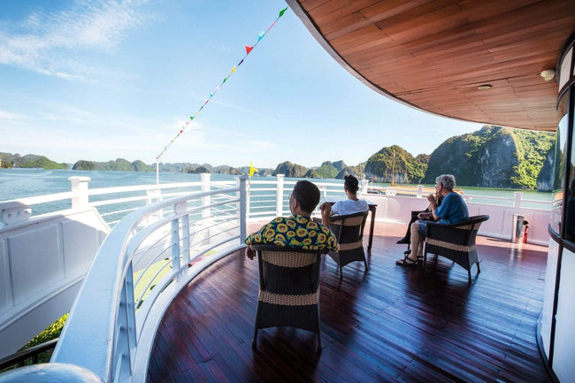 [Lowest Price] Starlight Cruises - Deluxe Cabin - 2D1N - HalongDayTour