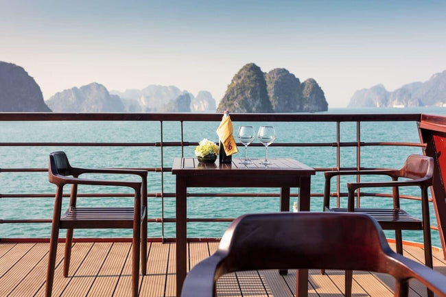 [Lowest Price] V'Spirit  Premier Cruises - Deluxe Suite Balcony - 2D1N - HalongDayTour