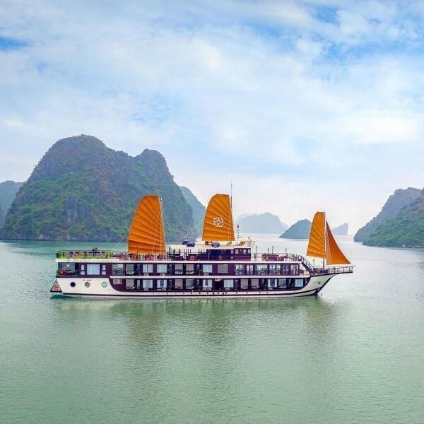 [Unbeatable Price] Peony Cruises - Deluxe Cabin with Balcony - 3D2N - HalongDayTour