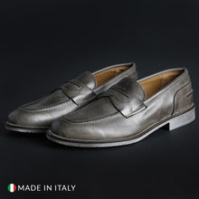 Load image into Gallery viewer, SB 3012 Men's Loafers Moccasins Leather - 1000_CRUST - Moda Designer Boutique