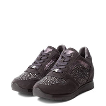 Load image into Gallery viewer, Xti 48628 Women's Sneakers - Moda Designer Boutique
