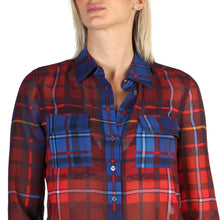 Load image into Gallery viewer, Tommy Hilfiger Women's Shirt Red Logo - WW0WW19907 - Moda Designer Boutique