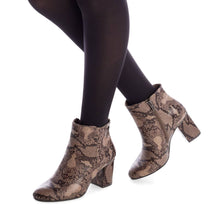 Load image into Gallery viewer, Xti 35160 Ankle Boots - Moda Designer Boutique