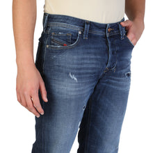 Load image into Gallery viewer, Diesel LARKEE-BEEX Men's Jeans Regular Fit L32_00SU1X_084QT_01 - Moda Designer Boutique