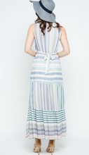 Load image into Gallery viewer, Contrast Vneck slit maxi dress
