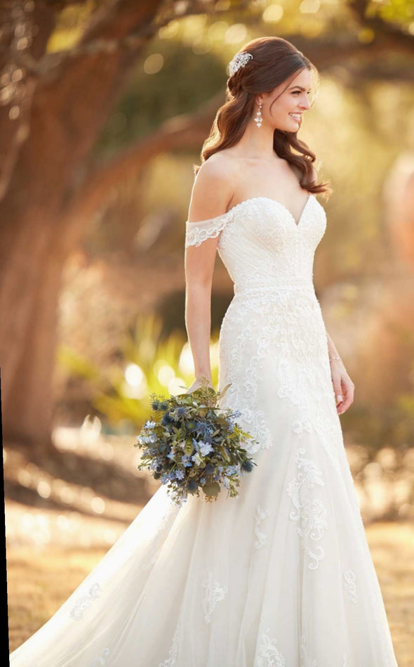 Fashion And Beautiful Celebrity Wedding Dresses For Girl