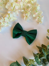 Load image into Gallery viewer, FOREST GREEN HALF&HALF | BOW TIE