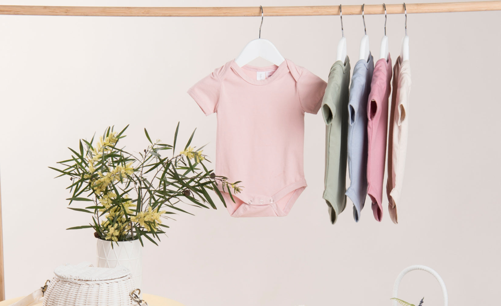 Neutral coloured Short Sleeve Baby Blanks bodysuits