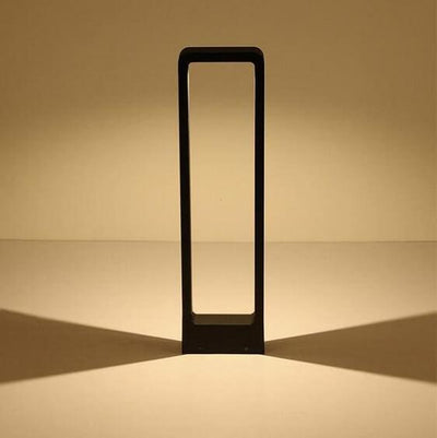 Breckyn - Modern Black Frame Garden Light - Atcreative