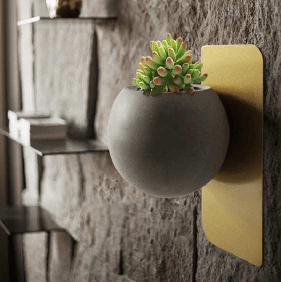 Christophe - Modern Wall Planter - at´creative