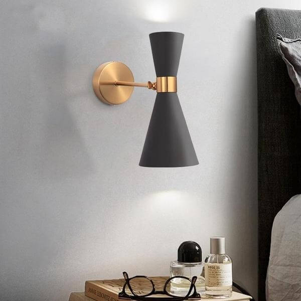 Harrison - Modern Adjustable Wall Light - at´creative