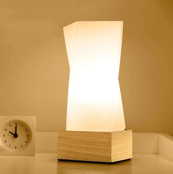 Lull - Modern Twist Desk Lamp - at´creative