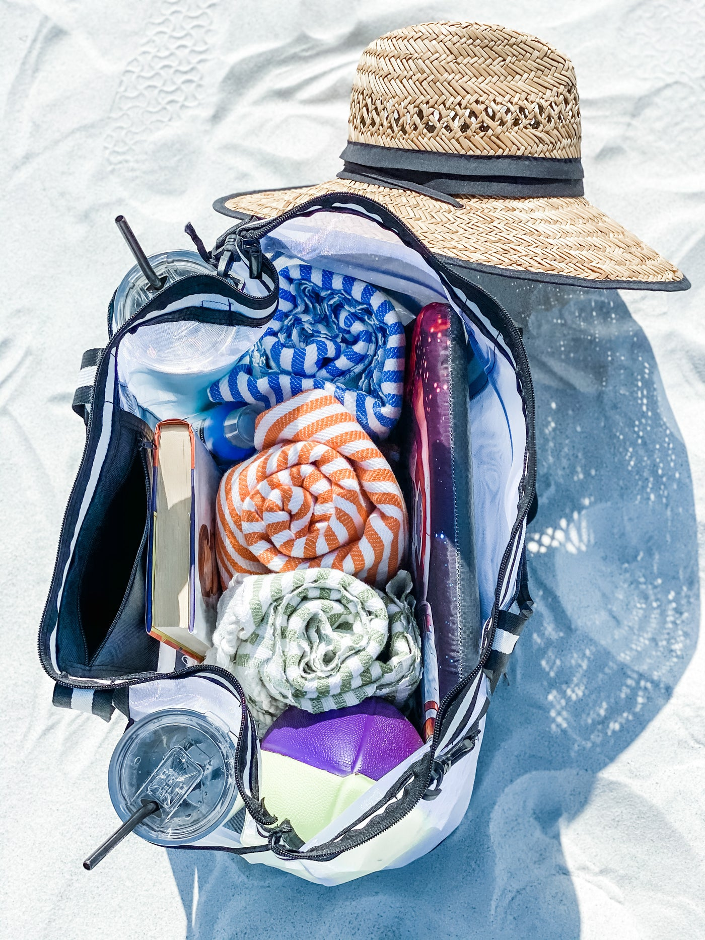 Pack up your beach gadgets in Vulken Beach Bag and start your wonderful beach day