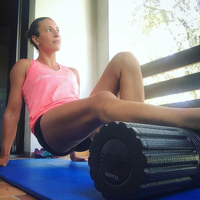 Foam roll with Vulken VulkRoll and say goodbye to your sore and tight muscles
