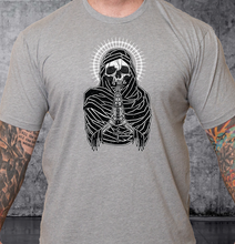 Load image into Gallery viewer, T-shirt Death Preys White Crown