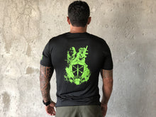 Load image into Gallery viewer, T-shirt Green Ops, Green Knight Black Neon