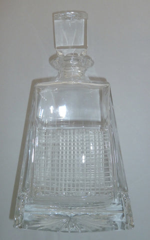 Tennis net decanter in English crystal