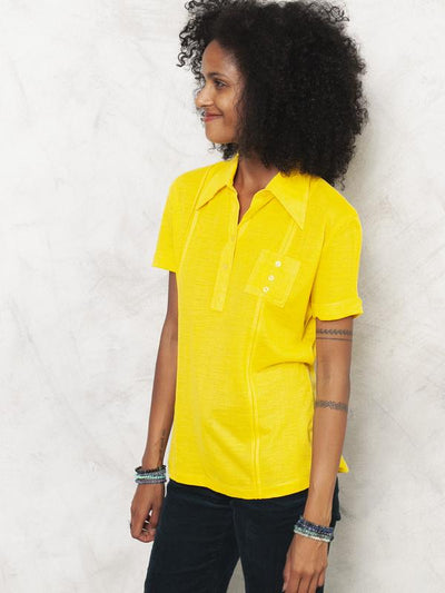 70s Yellow T-shirt Polo Shirt Minimalist Shirt Pointy Collar Shirt Short Sleeve Shirt Lightweight T-shirt Women Vintage Clothing size Medium