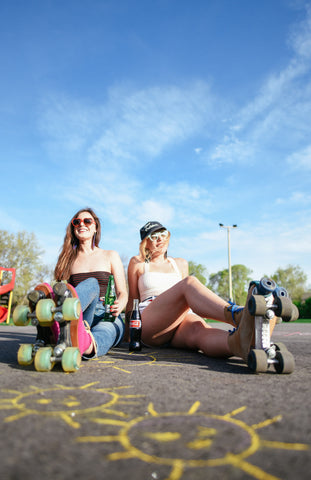 Roller Girls in Retro Jelt Belt Style