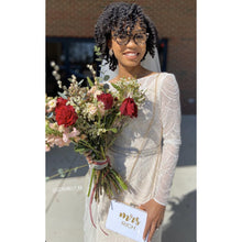 Load image into Gallery viewer, Personalized Mrs. Purse