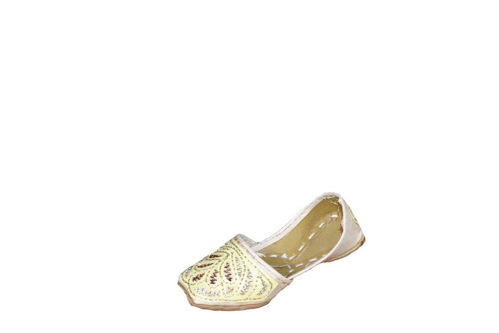Boys Cream Mojari Khussa Shoe with Gold Felt - 1