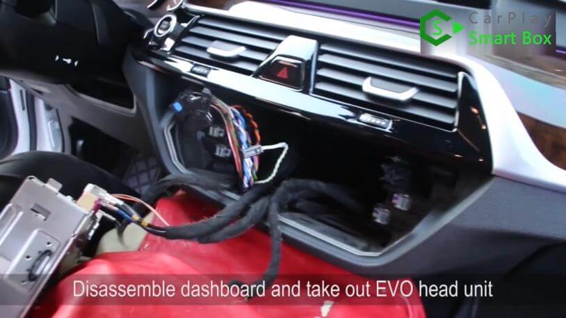 1. Disassemble dashboard and take out EVO head unit - Step by Step Retrofit JoyeAuto wireless CarPlay on BMW 528Li G38 EVO Head Unit - CarPlay Smart Box