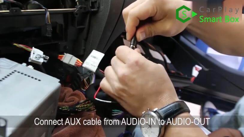 11. Connect AUX cable from AUDIO-IN to AUDIO-OUT - Step by Step BMW X3 F25 X4 F26 NBT Wireless CarPlay Installation - CarPlay Smart Box