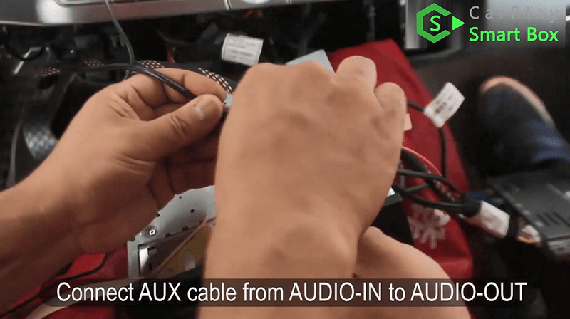 13.Connect AUX cable from AUDIO-IN to AUDIO-OUT.