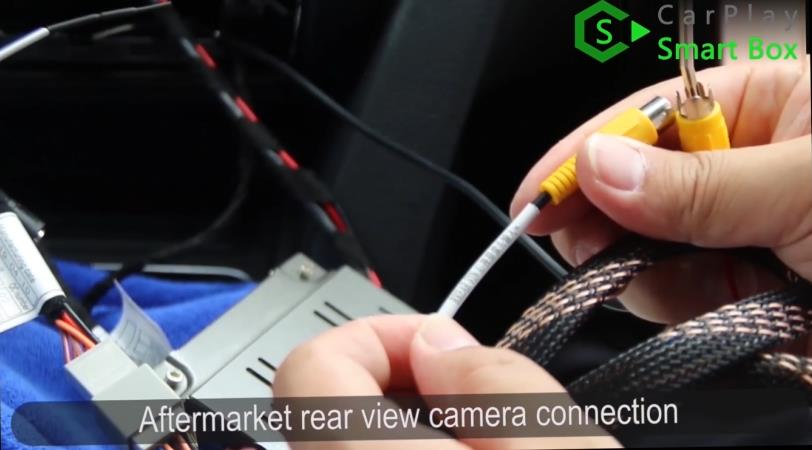 13. Aftermarket rear view camera connection - How to install WiFi Wireless Apple CarPlay on BMW F30 NBT EVO Head Unit - CarPlay Smart Box