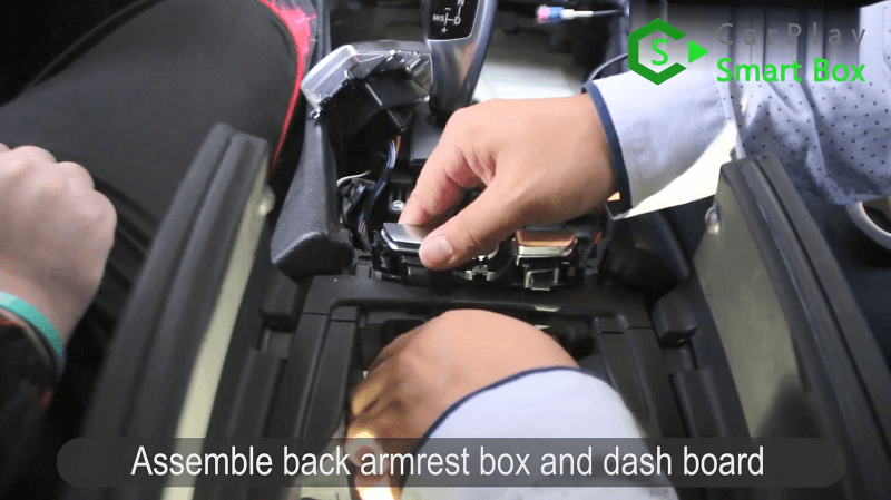 14.Assemble back armrest box and dash board.
