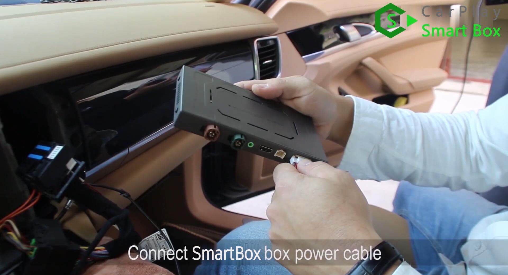 14. Connect Smart Box box power cable - Step by Step Retrofit wireless CarPlay Smart Box on Porsche Panamera PCM3.1 Head Unit - CarPlay Smart Box