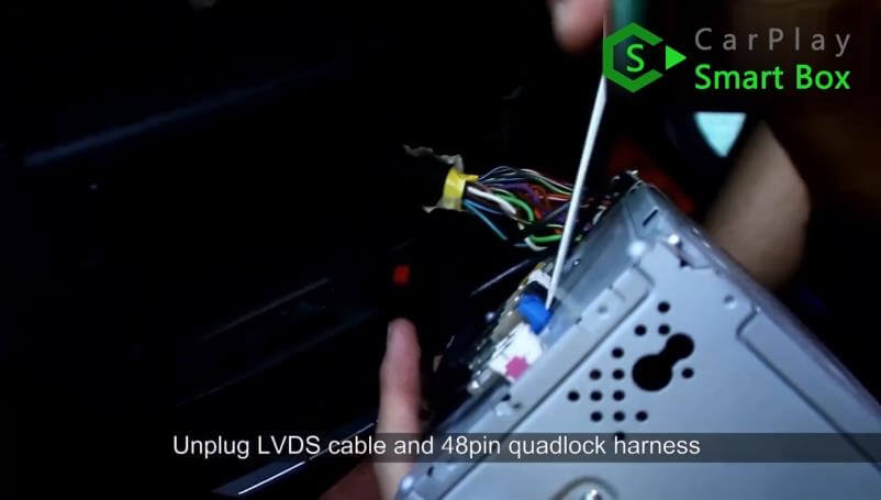 3. Unplug LVDS cable and 48PIN quad lock harness - Mercedes CLS 2015 NTG5.1 HU Wireless Apple CarPlay Installation - CarPlay Smart Box